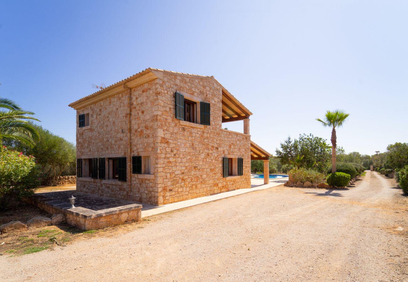 Casa rural en Santanyi - Rustica Sa Talaia