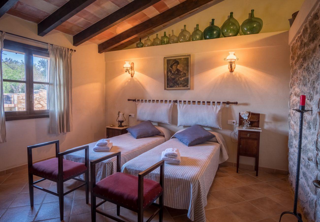 Landhaus in Santanyi - Sa Bassa Llova