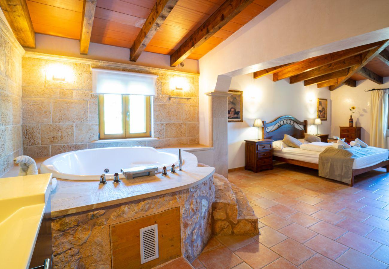 Landhaus in Cala Figuera - Can Talaia